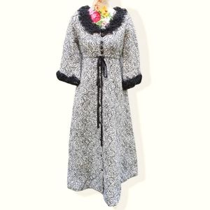 Vintage Acorn Gowns Dressing Gown Robe